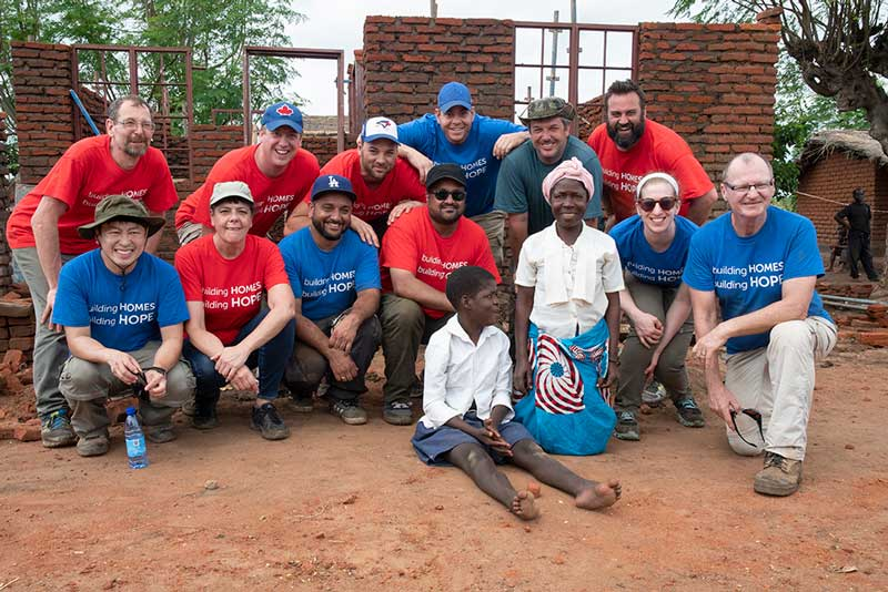 Volunteers, donors and cbm staff in Malawi